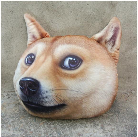 Doge - koeranäoga padi