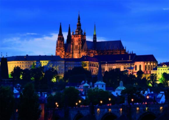 Dino pimedas helendav pusle Õhtune Praha 1000 tk