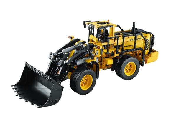 LEGO Technic kaugjuhtimisega Volvo