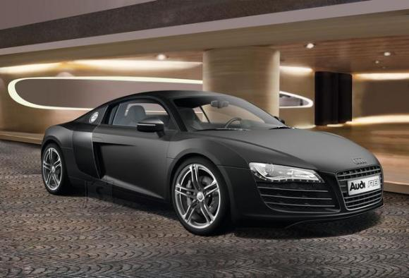 Revell mudelauto Audi R8 1:24