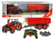 Raadioteel juhitav traktor koos treilieriga