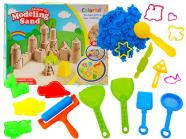 Kineetiline liiv koos liivakasti mänguasjadega
