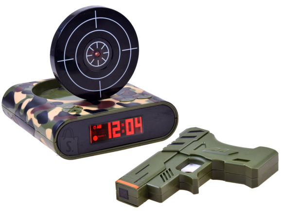 Mängupüstol sihtmärgiga