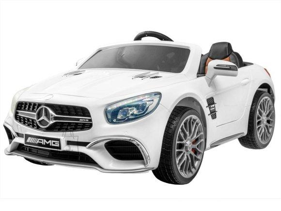 Elektriauto Mercedes valge