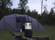 Päikesepaneeliga LED matkalatern