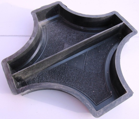 20/5 PLASTVORM RIST RINGI VAHELE(2poolikut)  25,0 x 25,0 X 4,5 cm