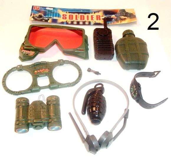 Komplekt prillid, binokkel, plasku jm. FJ-360 3222