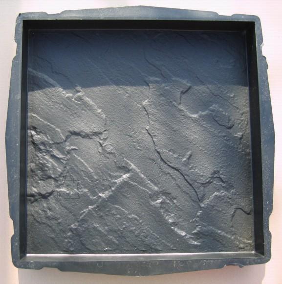 72/12 PLASTVORM PLAAT  45,0 x 45,0 x 5,0 cm (paekivi)