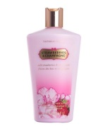 Victoria Secret Strawberries & Champagne ihupiim 250ml