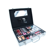 2K Beauty Unlimited meigitoodete kohver