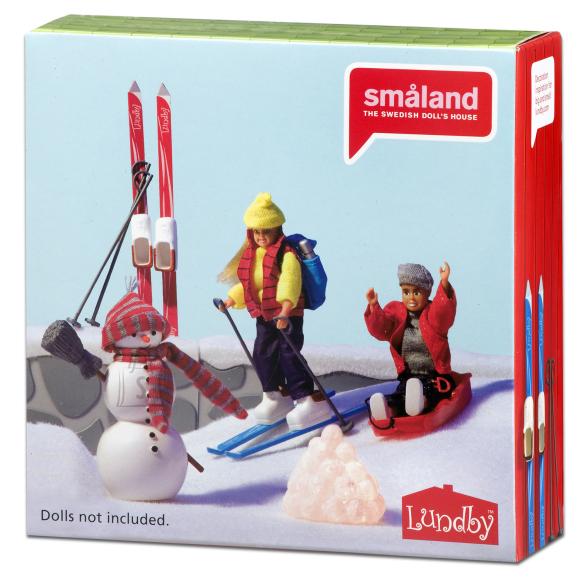 Micki nukumaja Småland lumememm ja suusad