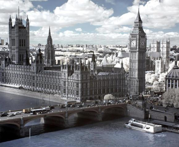 Fliis fototapeet London Parliament, 360 X 270CM