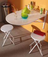 Seina külge kinnitatav laud Sinai + 2 tooli