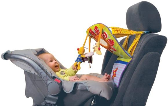 Taf Toys beebidele arendav mänguasi  autosse