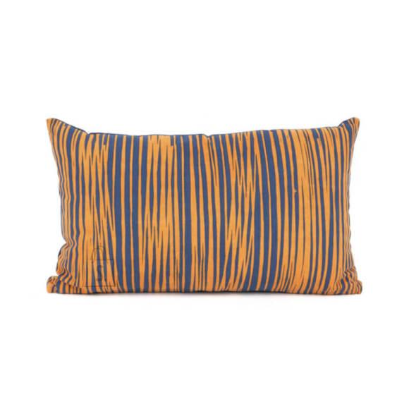 Dekoratiivpadi Oblique Lines 50x30 cm