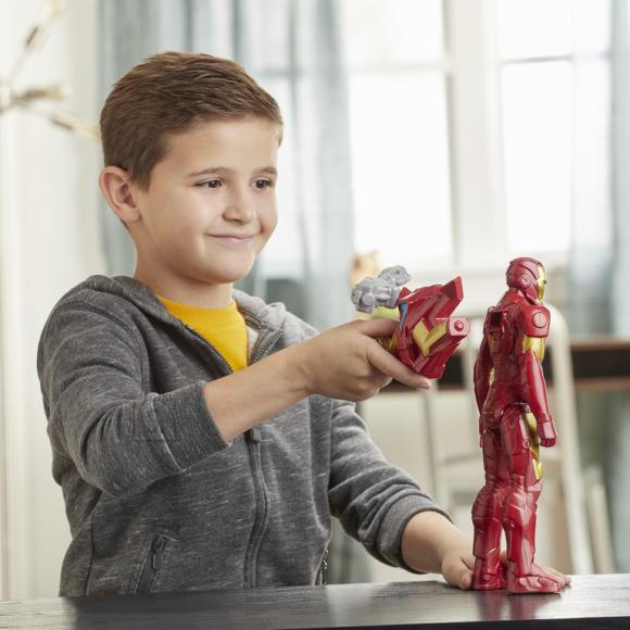 Avengers HASBRO AVENGERS Titan Hero Blast Gear Raudmees figuur