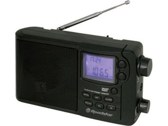 Roadstar TRA-2425 kaasaskantav raadio