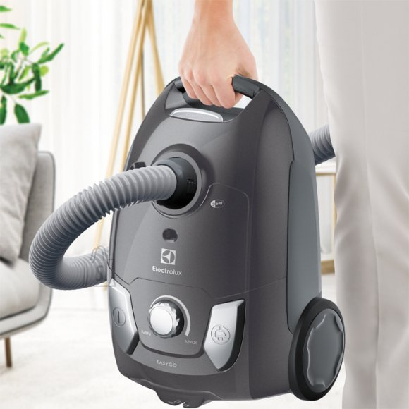 Electrolux Electrolux Vacuum Cleaner EEG44IGM Bagged, Dry cleaning, Power 650 W, Dust capacity 3 L, 80 dB, Metallic Grey
