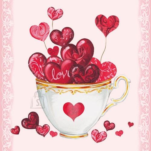 Salvrätikud tassitäie südametega