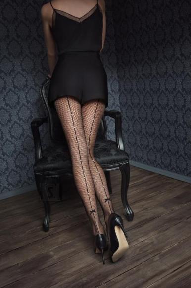 Marilyn Pitsi ja silikooniga võrksukkpüksid