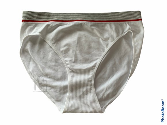 Naiste pihalt õmblusteta aluspüksid