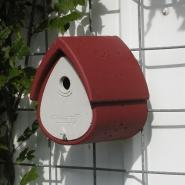 Schwegler Pesakast 1MR – Linnumaja, punane