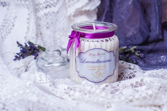 Lõhnaküünal Lavendliunistus