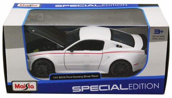 MAISTO Die-Cast 1:24 auto Ford Mustang 2014 Street Racer, 31506