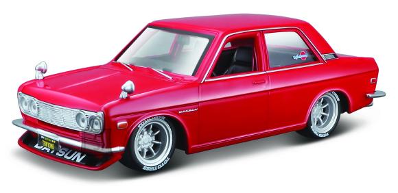 MAISTO DIE CAST auto 1971 Datsun 510, 39308