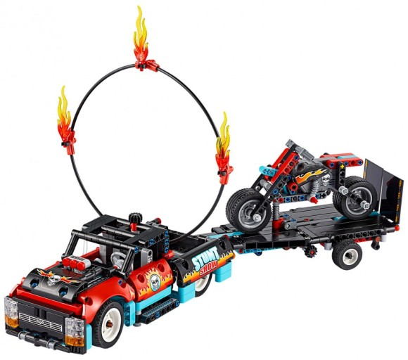 LEGO 42106 LEGO® Technic Trikimaastur ja -mootorratas