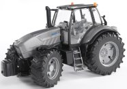 Bruder mängusõiduk Lamborghini R8 270 DCR traktor