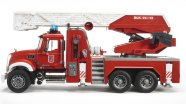 Bruder mängusõiduk Mack Granite tuletõrjeauto redeli ja veepumbaga