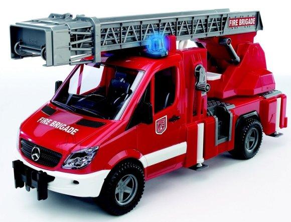 Bruder mängusõiduk Mercedes Benz tuletõrjeauto heli ja valgusega