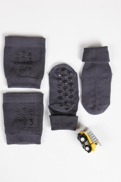 Sokisahtel RAINER beebipoiste põlvepadjad ja sokid 0-6 months