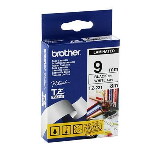 Brother kleebisprinteri lint must kiri valgel taustal 8m x 9mm